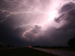 lightning-1056419_960_720